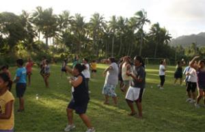 Thể dục, làm vườn và cấp phát thuốc: hiệu quả trong kiểm soát các bệnh không lây ở khu vực Thái Bình Dương
