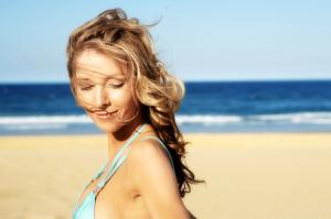Tại sao da bạn không trắng dù tích cực chống nắng?