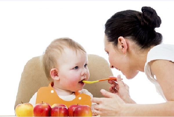 Trẻ 1 - 3 tuổi ăn bao nhiêu mỗi ngày